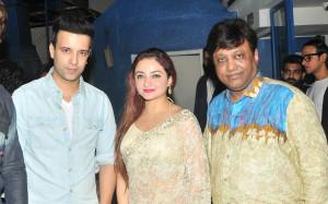 2. Amir Ali with Purnima Behl & Manik Soni  DSC_5734 mti news