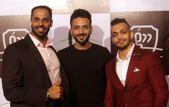 Ali Merchant with the owner Shivraj Shetty & Kunal Jhaveri
