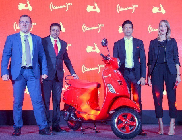 LtoR - Diego Graffi, MD & CEO PVPL, Ashish Yakhmi, Head of Two Wheeler PVPL, Farhan Akhtar and Courtney Istre, Director of Partnerships, (RED)