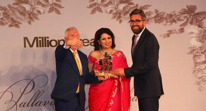 Ms. Parineeta Sethi, Editor in Chief, Millionaireasia India on stage