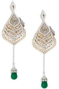 ORRA Japanese styled folding fan earrings - Closed image mti news1