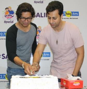 Shaan & Salim Merchant at 92.7 BIG FM for Friendship Day celebration